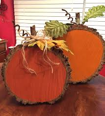 Wood Project Ideas For Christmas by Painted Wood Slice Pumpkins Woods Craft And Fall Decor