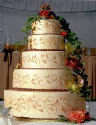 fancy gold wedding cakes wedding party decoration