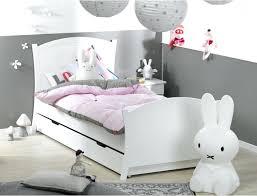 chambre fille et blanc lit fille blanc top deco chambre fille vert et lit enfant