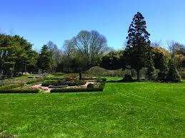 free lawn care advice peconic land trust