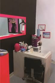 home salon decor diy salon projects do try this at home style nails magazine