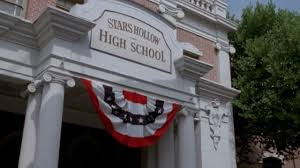 Stars Hollow Map Pretty Little Liars U0027 U0026 U0027gilmore Girls U0027 Share A Set So Prepare To