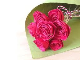 membuat hiasan bunga dari kertas lipat diy lipat lipat jadi deh bunga mawar cantik dari kertas do it