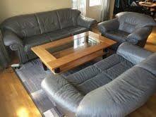 donner un canapé donne a donner canapé cuir très bon état gratuit 82210