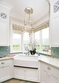 Farmer Sinks Kitchen by Best 20 Corner Kitchen Sinks Ideas On Pinterest White Kitchen