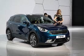lexus sales in korea hybrid car sales spike in april amid growing interest in eco