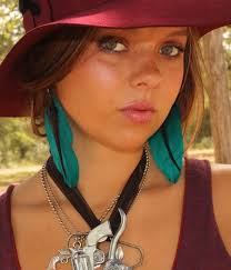 one feather earring 65 best fabulous feather earrings images on feather