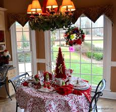 Kitchen Table Decoration by 808 Best Christmas Table Decorations Images On Pinterest