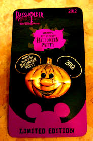 mickey halloween mickey u0027s not so scary halloween party merchandise on the go in mco