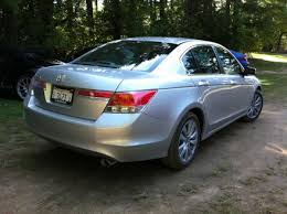 honda accord car 10best the honda accord may be an oldie but it s still