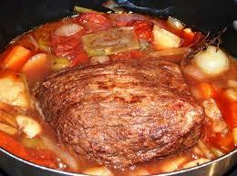 cuisiner du boeuf en morceaux rôti de boeuf braisé à ma façon les recettes de virginie