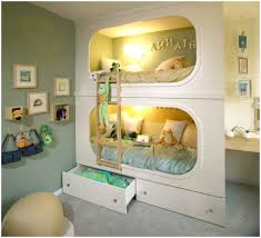 child u0027s room with green walls and good lighting is very harmonious