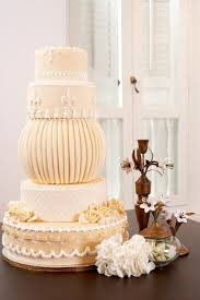 The Best Wedding Cakes 30 Chic Vintage Style Wedding Cakes With An Old World Feel