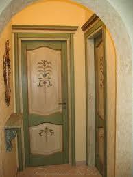 porte in legno massello porte interne in legno massello dipinte a mano falegnameria