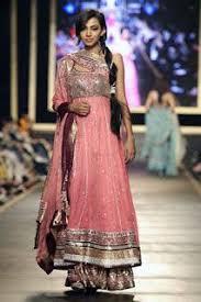 best 25 mehndi dress ideas on pinterest mehndi dress for bride