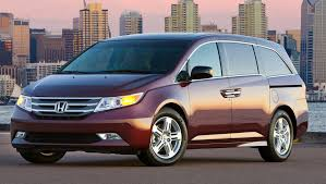 win a honda crv honda cr v and odyssey win best cars for families awards from u s