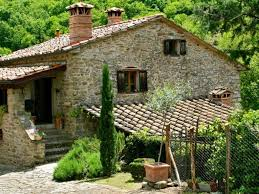 piscine petite taille villa toscane petite piscine privée et jardin d u0027oliviers