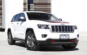chrysler jeep white fiat chrysler group announces limited edition 2013 grand cherokee