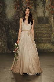 wedding dress in uk wedding dresses 2016 packham on the runway