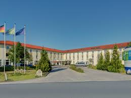 jobs muenchen flughafen parken holiday inn express munich airport hotel by ihg