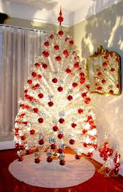 aluminum christmas tree retro kimmer s more about retro fabulous aluminum christmas