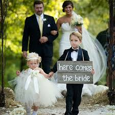 flower girl wedding traditions page boy and flower girl