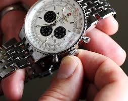 bentley breitling clock why is it important to wind my automatic watch with the crown
