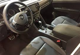 volkswagen atlas sel interior new 2018 volkswagen atlas priced from 31 50k