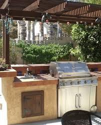 cuisine en dur aménager une cuisine d été entretenez et embellissez votre jardin