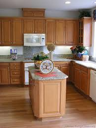 kitchen colors with medium brown cabinets pin by deana perrotte on for the home light wood kitchens
