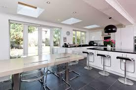 cuisine ouverte sur s our cuisine ouverte sur salle a manger idées de décoration capreol us