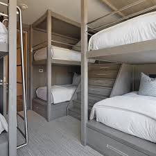 ag es chambre a bunk room fit for weekend guests of all ages decoratio