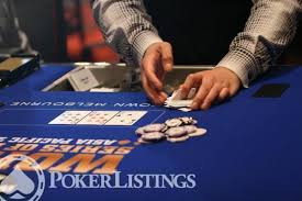Big Blind Small Blind Rules How To Play Omaha Poker Official Omaha Poker Rules