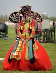 traditional wedding dresses how traditional wedding look around the world 15 pics