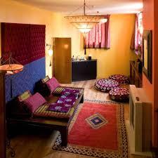 Wohnzimmer Einrichten Pink Best Arabische Deko Wohnzimmer Orientalisch Einrichten Ideas
