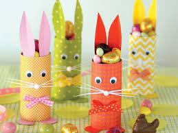Que Faire Avec Des Rouleaux De Papier Toilette Diy On Prépare Pâques Avec Les Enfants Easter And Bricolage