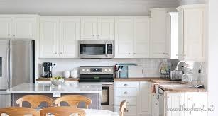 white dove kitchen cabinets benjamin moore white dove kitchen cabinets on 600x321 he used
