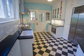 checkerboard floor for a vintage kitchen