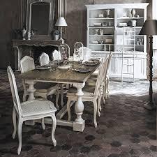 sale da pranzo eleganti mobili e decorazioni in stile romantico e coccolo i maisons du