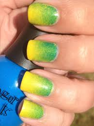yellow and green gradient aka oregon ducks nails polish me