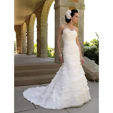 hawaiian wedding dress hawaiian wedding dresses things you need to look in