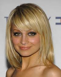 Medium Haircut For Round Face Haircut For Shoulder Length Hair Round Face Hairstyles And Haircuts