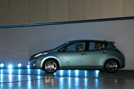 nissan leaf ev range nissan leaf affordable all electric hatch goes on sale in 2010