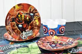 Avengers Christmas Decorations Uk by Marvel Avengers Party Supplies Party Pieces