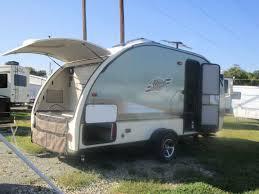 17 hi lo travel trailer floor plans 2008 hi lo classic 2508