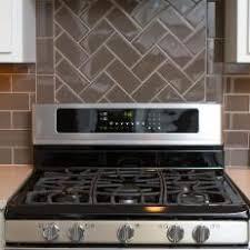 Photos HGTV - Herringbone tile backsplash