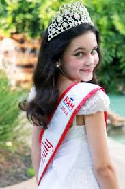 preteen girl modeling emily mcneal miss texas pre teen has been an amazing role model