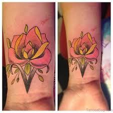 72 fantastic flower tattoos for wrist