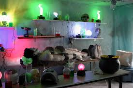 Scary Halloween Ideas For Party by Night Party Decoration Ideas For The Outdoor Interior Decoration