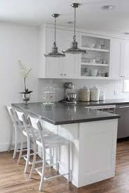 cuisine avec bar table plan de travail cuisine 50 idées de matériaux et couleurs white